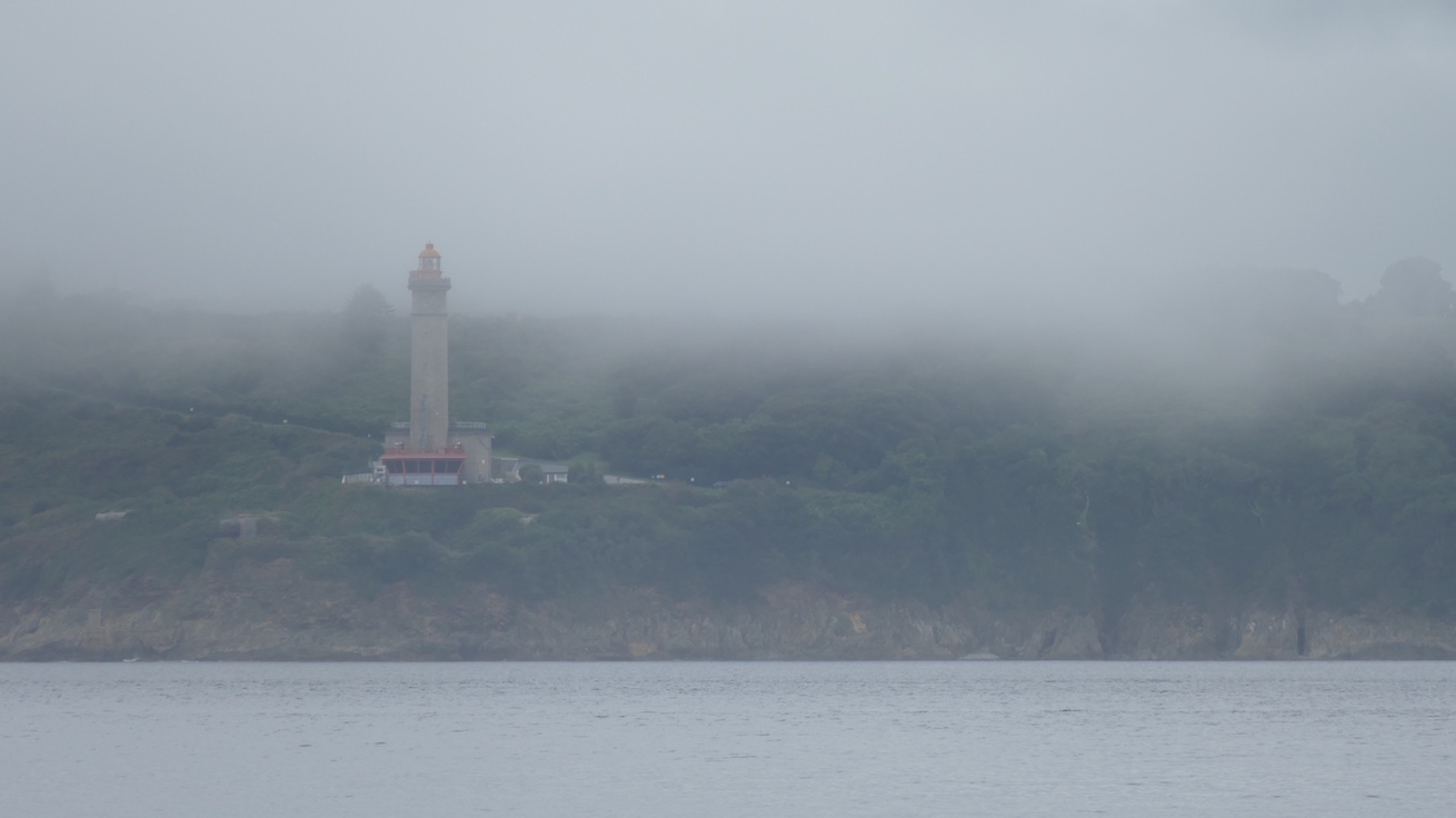 Brest im Nebel